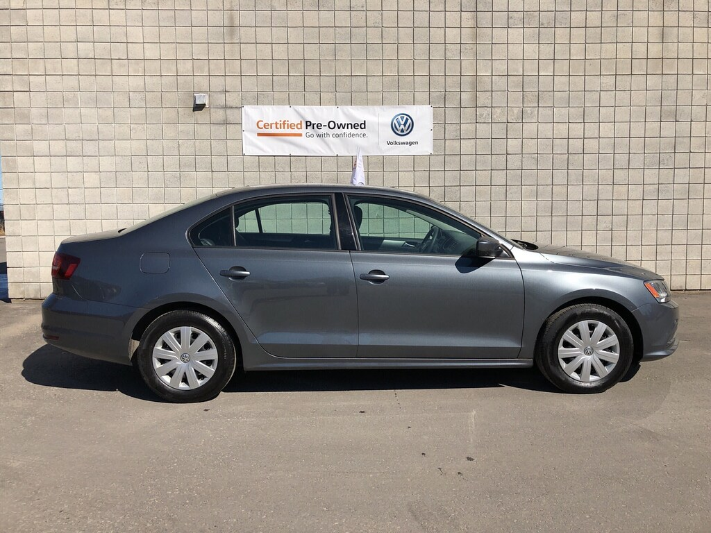 Certified Pre-Owned 2017 Volkswagen Jetta 1.4 TSI Trendline+ with 4 New Tires/ CPO