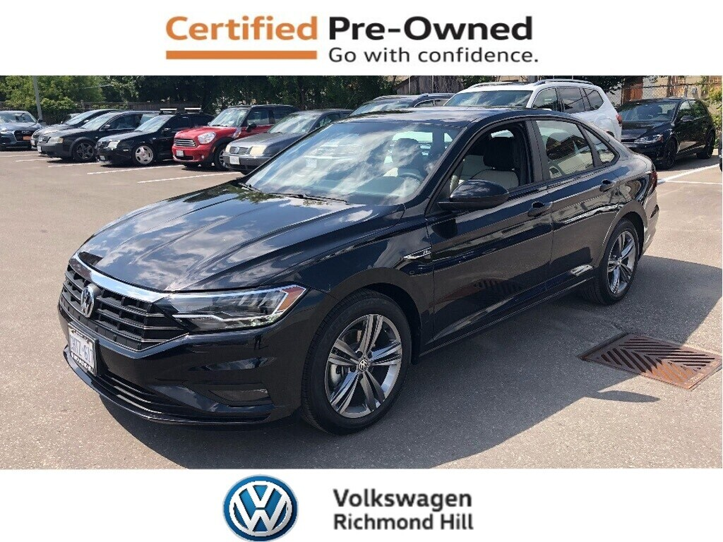 Pre-Owned 2019 Volkswagen Jetta 1.4 TSI Highline with R-Line Pkg/Company Demo
