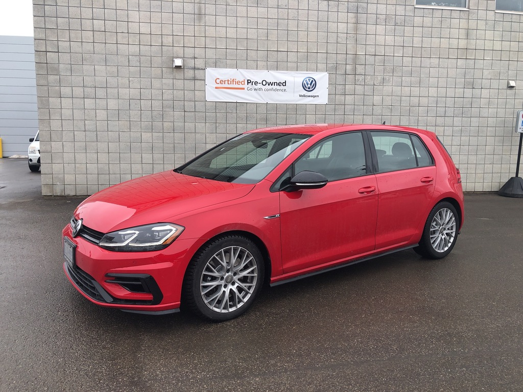 Pre-Owned 2019 Volkswagen Golf R DSG plus Driver Assistance Package/Clearance